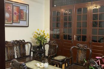 Bán nhà ngõ 560 Nguyễn Văn Cừ 65 m2, khu dân trí cao, ô tô vào nhà
