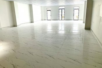 Cho thuê tòa nhà văn phòng Nguyễn Minh Hoàng, khu K300 Tân Bình, 5.5mx20m hầm 4 lầu 30 triệu/th