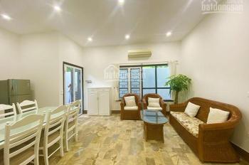 Nhà 2 phòng ngủ đẹp, thiết kế hiện đại ở Tây Hồ, cho thuê giá 15 tr/tháng. LH A. Hân 0393693456
