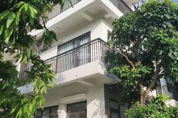Cho thuê căn nhà mặt phố Cầu Diễn, nhà mới xây xong đẹp long lanh 0977695999