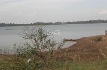 Bán 1,6 ha rẫy View giáp hồ Trị An. Hai mặt tiền, đường xe hơi, cách bê tông 400m, dân cư