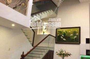 Cho thuê nhà nguyên căn Trung tâm Quận 3 đường Trần Quốc Toản, DT: 5x12m, Trệt 2 Lầu ST chỉ 25Tr/T