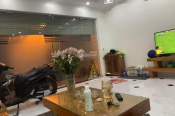 Bán nhà phân lô ngõ 521 Trương Định, Kim Đồng, Tân Mai 42m2x5 tầng, thang máy, ô tô vào, giá 4,6 tỷ