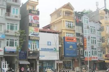 Cho thuê nhà 3 tầng mặt phố Nguyễn Trãi, quận Thanh Xuân, DT: 54m2 x 3 tầng, MT: 4.8m, giá mùa dịch
