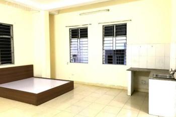Cho thuê phòng chung cư mini tại Trần Thái Tông DT 30m2, giá 2,5tr/tháng. Gần HV Báo Chí