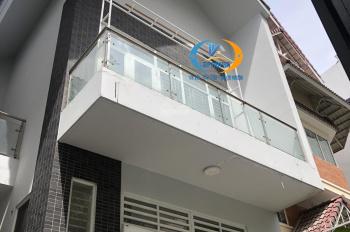 Villa cho thuê đường Hồng Hà, DT: 8x20m, trệt 1,5 lầu, gara xe hơi, sân vườn, nhà mới