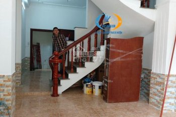 Nhà thuê HXH Lê Trung Nghĩa, DT: 4.5x16m, trệt, 2 lầu 2 sân thượng, 4 PN 5 WC, full máy lạnh