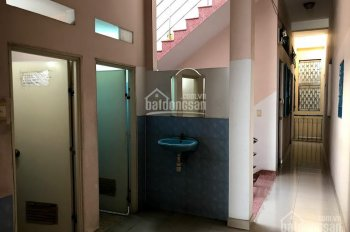 Phòng trọ trong nhà trọ 2 lầu sạch sẽ,  thoáng mát, an ninh, có lối đi riêng, WC riêng, Wifi, Cáp