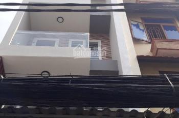 Cho thuê nhà mặt tiền 128 Phạm Văn Hai gần chợ Phạm Văn Hai, Quận Tân Bình