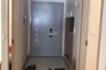 Tôi mở nhà hàng nên cần bán căn hộ 3 phòng ngủ 97.19m2 thông thủy. Nội thất đẹp, giá 34.5 tr/m2