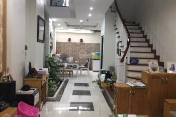 Ngõ rộng 3m - nội thất 5 sao - cách phố Hạ Yên 40m. Diện tích 60m2 bốn tầng mặt tiền 4m, giá 6,1 tỷ