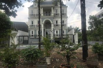 Cho thuê biệt thự văn phòng gần White Palace, Giga Mall Phạm Văn Đồng,cách sân bay Tân Sơn Nhất 5km