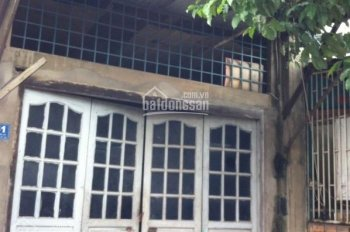 Phá sản bán gấp nhà nát 70m2/1 tỷ Nguyễn Tất Thành Q4 gần trường, gần chợ, tiện KD LH 0779132597