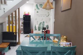 Nhà mới ngay Cách Mạng Tháng Tám, P.7, Tân Bình, DT: 53.4m2, nở hậu giá bán 5.4 tỷ TL