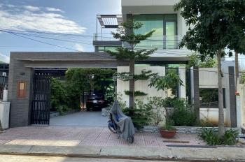Bán nhà biệt thự Nguyễn Duy Trinh, Bình Trưng Đông, Quận 2 - 13tỷ 10x20m