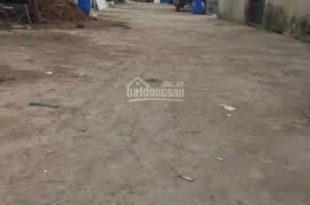 Bán nhà lầu đẹp giá rẻ gần chợ Xóm Nghèo, giá 900 triệu