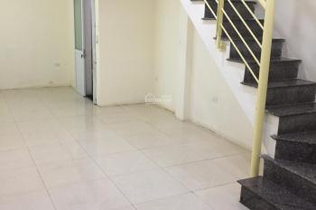 Bán nhà đường Lê Trọng Tấn HĐ, 2PN, nhà dân 2 tầng 30m2, giá 1,5tỷ taxi cách nhà 5m lh 0378044220