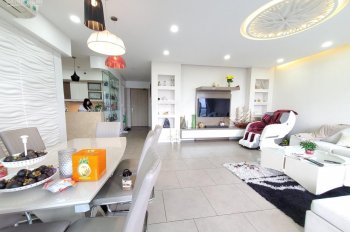 Cần bán căn hộ Riviera Point tầng đẹp, 148m2 3PN, nhà full nội thất đẹp, sổ cầm tay, giá 5.8 tỷ