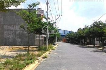 Đất Thị trấn Bến Lức mặt tiền gần chợ hơn 40m, giá 320tr/100m2. LH 0909261316