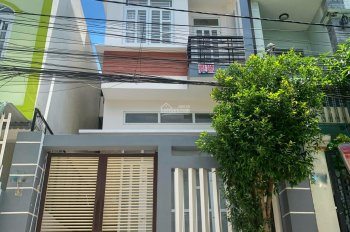 Nhà 1 trệt 3 lầu, có sân thượng đường Hoàng Quốc Việt, Ninh Kiều