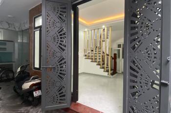 Bán gấp nhà Ngã Tư Sở, nhà gần phố, Vũ Tông Phan -  Khương Hạ. 40m2, giá 3.13 tỷ