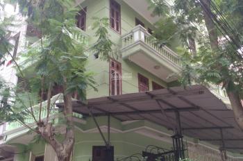Cho thuê nhà 4T x 60m2 Trương Định có sân vườn vỉa hè ô tô đỗ cửa, 20 tr/th, LH 0902065699