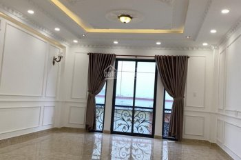 Bán biệt thự góc 2MT hẻm nội bộ rộng 8m đường Giải Phóng, P4, Tân Bình. Diện tích 110m2 nở hậu