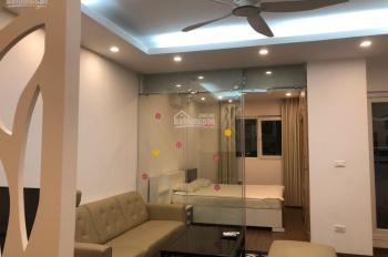 Chính chủ cho thuê căn hộ ở đường Hoàng Quốc Việt 1PN full đồ tất tần tật. LH: 084.777.2323