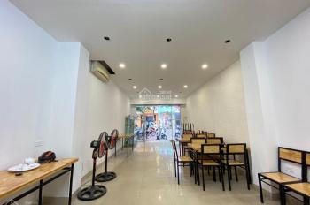 Cho thuê nhà mặt phố Đội Cấn Ba Đình, Dt 55m2x3T, sàn thông, mt 5m, chỉ 24tr. Lh: 0912962398
