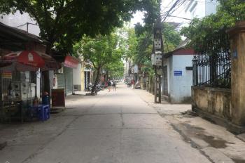 Bán nhà mặt đường Cửu Việt, Trâu Quỳ đang kinh doanh ổn định