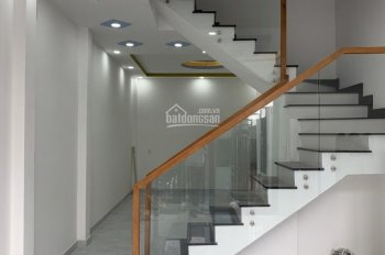 Bán nhà hẽm 4m gần Chợ Tân Hương,DT 4x12m,2 Lầu,sân thượng,nhà mới.Giá 4.85 tỷ