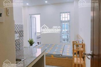 Cho thuê căn hộ dịch vụ 2 phút đến trung tâm quận 1, 1 phòng ngủ cao cấp, 25m2, chỗ nấu ăn, 4.6tr