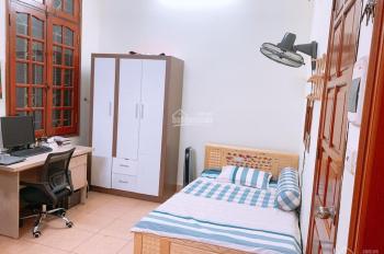 Cho thuê CCMN, phòng trong nhà bán biệt thự Định Công, full tiện ích, full đồ. Lh 0325834282
