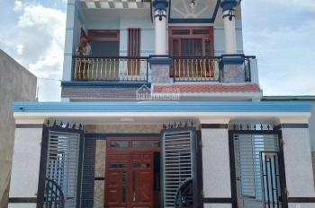 Chính chủ cần bán gấp nhà ngay đường Tân Phước Khánh 10, DT 108m2, 3PN, sổ hồng riêng thổ cư