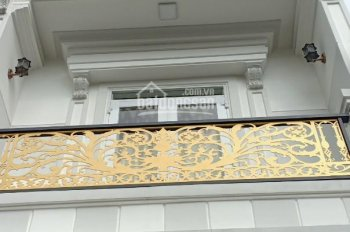 Bán nhà ngay 2 mặt tiền đường Nguyễn Văn Luông, Quận 6