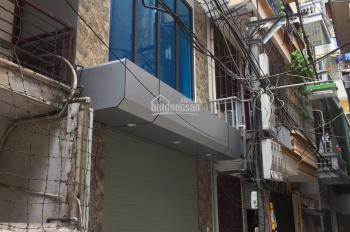 Chính chủ bán nhà xây mới 5 tầng tại khu Khương Trung, hướng Nam, mặt tiền 4m, nội thất xịn, sàn gỗ