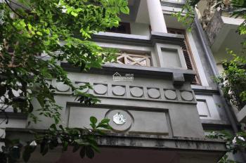 Cho thuê nhà 3 tầng, giá rẻ tại quận Ba Đình