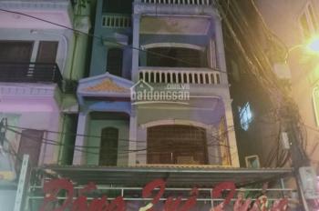 Cho thuê nhà mặt phố Dịch Vọng, Cầu Giấy 80m2 x 5 tầng
