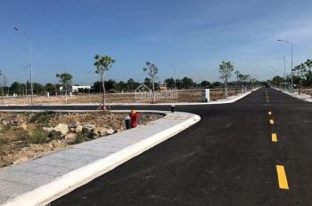 Bán đất đường Nguyễn Văn Siêu , TT Bến Lức , Long An .Sổ hồng riêng , Giá 855 triệu/95m2 0377886766