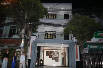 Cho thuê căn nhà mặt tiền tốt nhất khu K300 P. 12 Q. Tân Bình - 350m2 - nhà mới 100% - 40 triệu/th