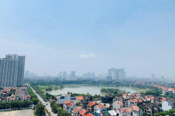 Nhượng lại suất ngoại giao tầng trung căn 2PN BC Đông Nam view hồ An Bình. LH 0865 363 369