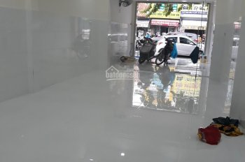 Cho thuê nhà mặt tiền 30A Cống Quỳnh, kế ngã 3 Phạm Viết Chánh, Quận 1