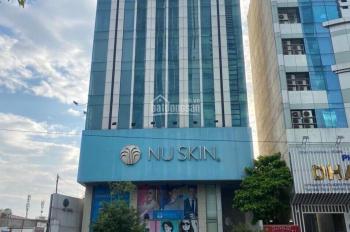 Cho thuê cả tòa nhà MT đường Thành Thái P14 Q10 , DT:10x30m 220 triệu/th