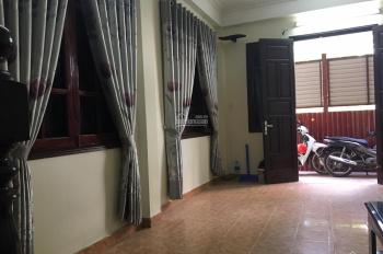 Cho thuê nhà phân lô An Dương - Nghi Tàm, ô tô đỗ cửa, 8PN, khép kín, 23 tr/tháng