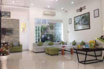 Cho thuê nhà nguyên căn hẻm 5m Nguyễn Hồng Đào DT: 5 x 16m cấp 4, gác lửng. Giá: 8.5 tr/tháng