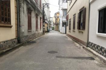 Gia đình vào nam định cư cần bán lô góc tại Tư Đình, Long Biên