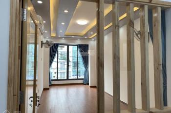 Cho thuê nhà mặt tiền 78 Cao Thắng, gần Nguyễn Đình Chiểu, Quận 3. Liên hệ: 0938753386 Anh Thanh