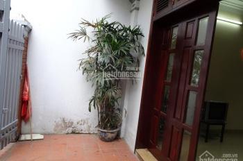 Cho thuê nhà riêng 60m2 x 4 tầng ở Âu Cơ, quận Tây Hồ, Hà Nội