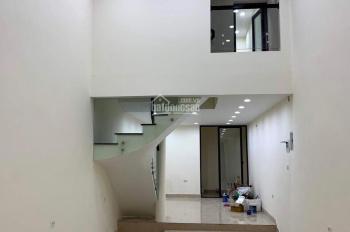 Cho thuê nhà MP Hồng Tiến, Long Biên, HN, DT 70m2 x 5T, giá 26tr