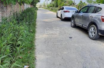 Cần bán 1645m2 Nhuận Trạch, Lương Sơn, HB, đất 2 mặt đường, cách Ủy ban Nhuận Trạch 300m.